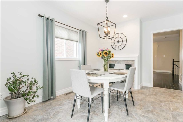 Semi-detached at 6 Coolspring Cres, Caledon, Ontario. Image 17