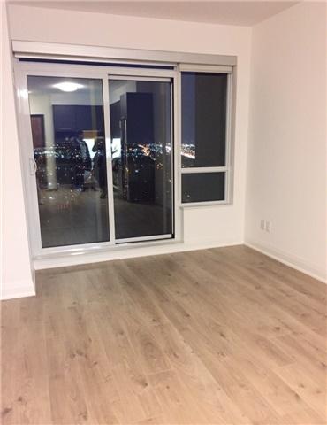 Condo Apartment at 36 Park Lawn Rd, Unit 3504, Toronto, Ontario. Image 6