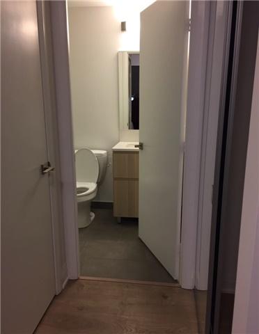 Condo Apartment at 36 Park Lawn Rd, Unit 3504, Toronto, Ontario. Image 7
