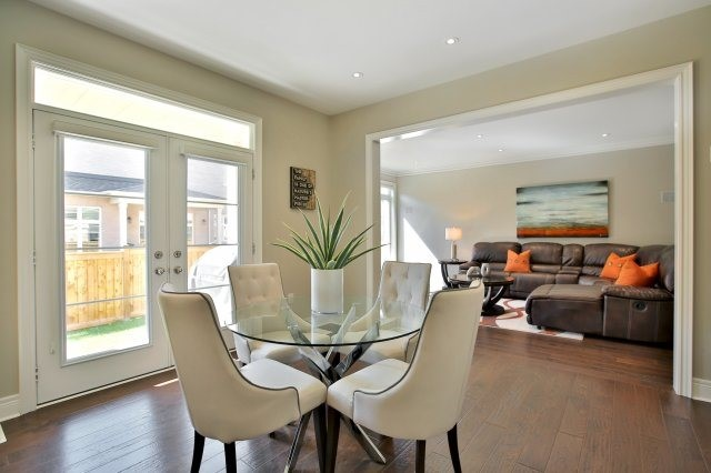 Detached at 143 Hoey Cres, Oakville, Ontario. Image 15