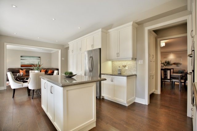 Detached at 143 Hoey Cres, Oakville, Ontario. Image 18