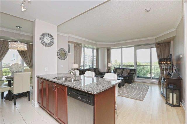 Condo Apartment at 100 John St, Unit 706, Brampton, Ontario. Image 13