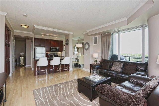 Condo Apartment at 100 John St, Unit 706, Brampton, Ontario. Image 17