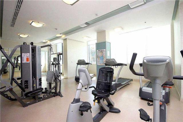 Condo Apartment at 100 John St, Unit 706, Brampton, Ontario. Image 8
