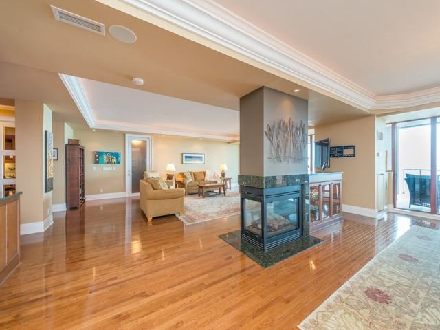 Condo Apartment at 2095 Lake Shore Blvd W, Unit 617, Toronto, Ontario. Image 17