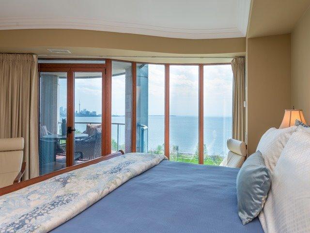 Condo Apartment at 2095 Lake Shore Blvd W, Unit 617, Toronto, Ontario. Image 8
