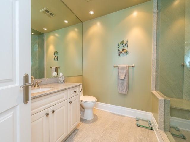 Condo Apartment at 2095 Lake Shore Blvd W, Unit 617, Toronto, Ontario. Image 11