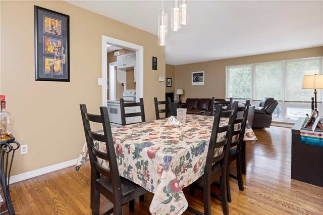 Detached at 1100 Falgarwood Dr, Oakville, Ontario. Image 2