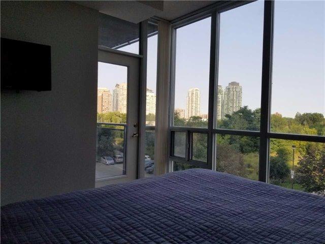 Condo Apartment at 223 Webb Dr, Unit 303, Mississauga, Ontario. Image 6