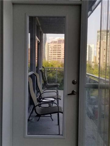 Condo Apartment at 223 Webb Dr, Unit 303, Mississauga, Ontario. Image 7