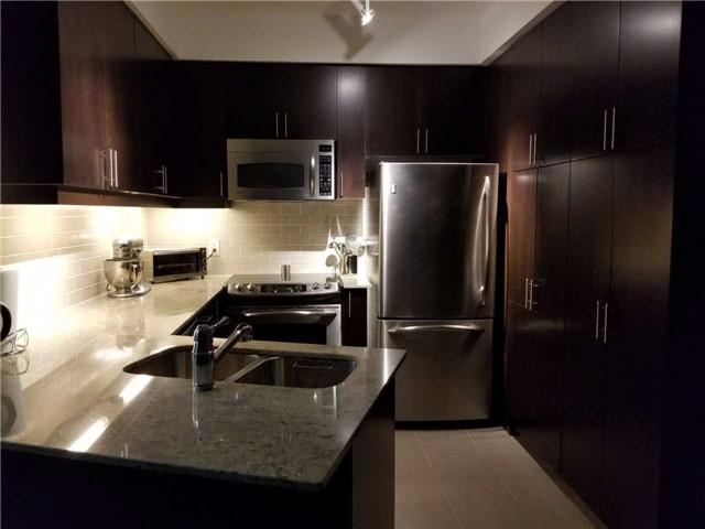 Condo Apartment at 223 Webb Dr, Unit 303, Mississauga, Ontario. Image 10