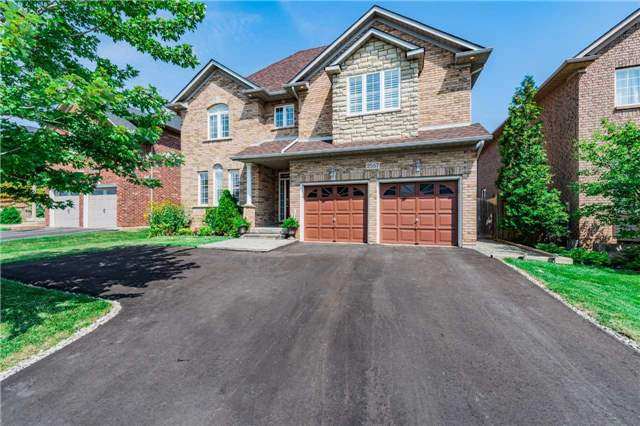 Detached at 2557 Harman Gate, Oakville, Ontario. Image 1