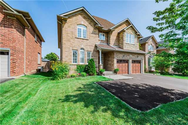 Detached at 2557 Harman Gate, Oakville, Ontario. Image 12