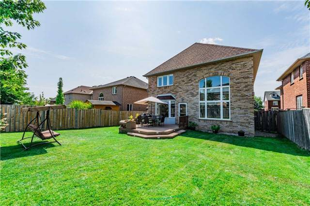 Detached at 2557 Harman Gate, Oakville, Ontario. Image 14