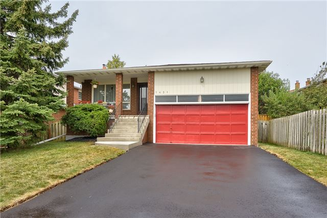 Detached at 1431 Harmsworth Sq, Oakville, Ontario. Image 1