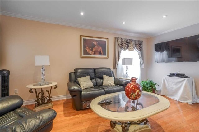 Semi-detached at 56 Feathertop Lane, Brampton, Ontario. Image 14