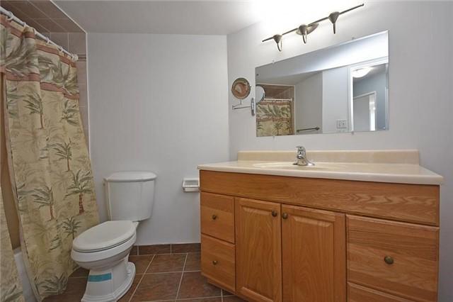 Condo Apartment at 1320 Mississauga Valley Blvd, Unit 310, Mississauga, Ontario. Image 7