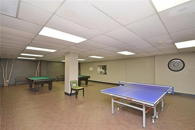 Condo Apartment at 1320 Mississauga Valley Blvd, Unit 310, Mississauga, Ontario. Image 11