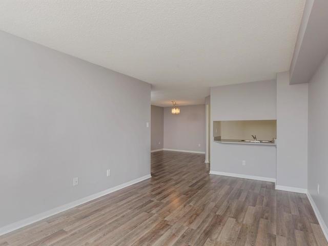 Condo Apartment at 10 Laurelcrest St, Unit 1104, Brampton, Ontario. Image 19
