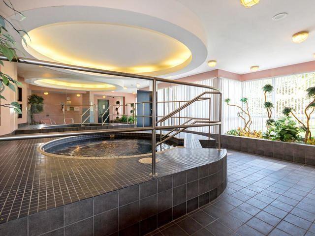 Condo Apartment at 10 Laurelcrest St, Unit 1104, Brampton, Ontario. Image 10