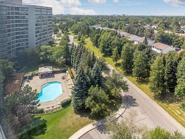 Condo Apartment at 10 Laurelcrest St, Unit 1104, Brampton, Ontario. Image 11