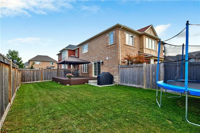 Detached at 719 Casarin Cres, Milton, Ontario. Image 11