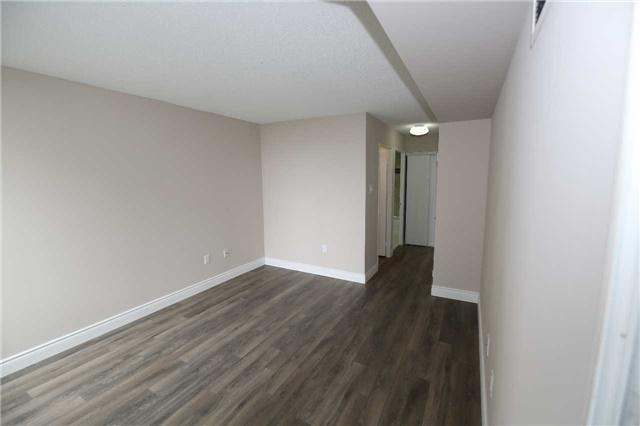 Condo Apartment at 4470 Tucana Crt, Unit 707, Mississauga, Ontario. Image 7