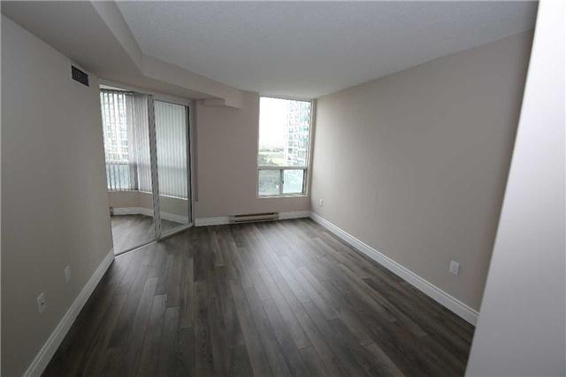 Condo Apartment at 4470 Tucana Crt, Unit 707, Mississauga, Ontario. Image 3