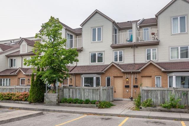 Condo Townhouse at 1211 Parkwest Pl, Unit 12, Mississauga, Ontario. Image 1