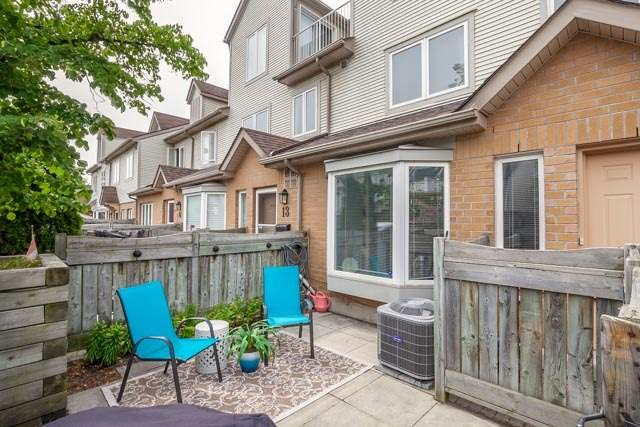 Condo Townhouse at 1211 Parkwest Pl, Unit 12, Mississauga, Ontario. Image 14