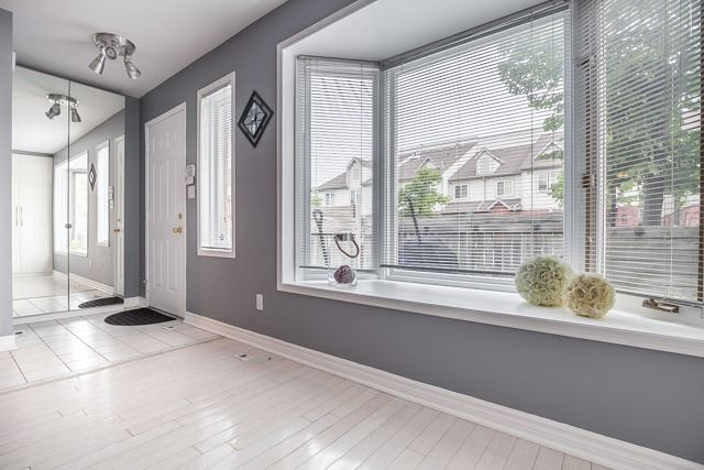 Condo Townhouse at 1211 Parkwest Pl, Unit 12, Mississauga, Ontario. Image 15