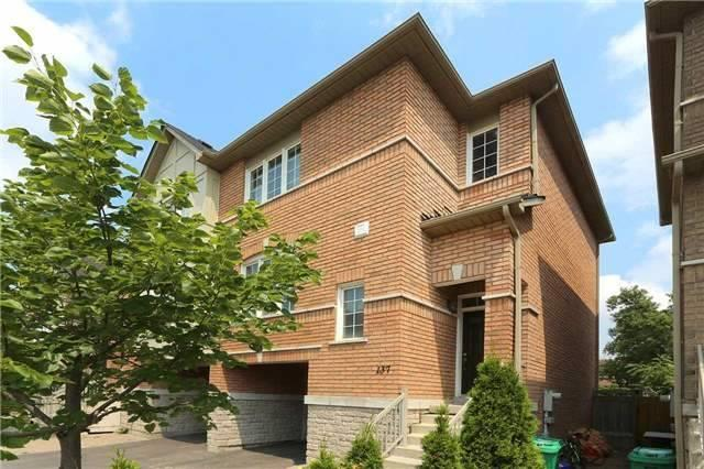 Semi-detached at 7155 Magistrate Terr W, Unit 137, Mississauga, Ontario. Image 14