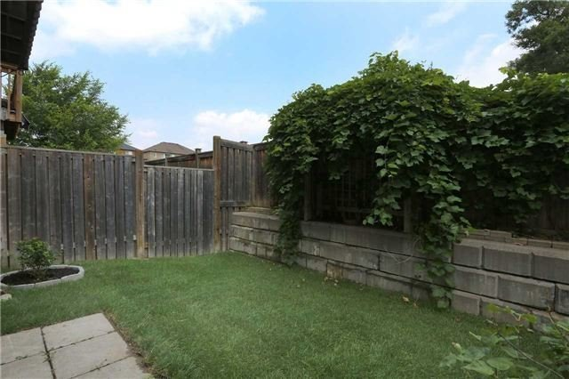 Semi-detached at 7155 Magistrate Terr W, Unit 137, Mississauga, Ontario. Image 8