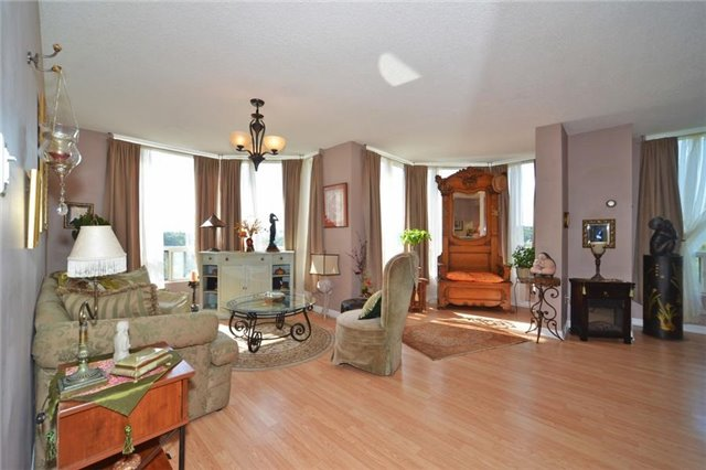 Condo With Common Elements at 3 Hickory Tree Rd, Unit 503, Toronto, Ontario. Image 19