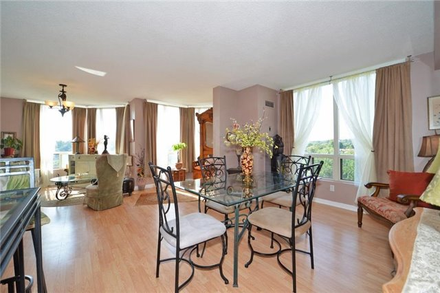 Condo With Common Elements at 3 Hickory Tree Rd, Unit 503, Toronto, Ontario. Image 2