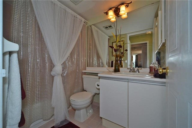 Condo With Common Elements at 3 Hickory Tree Rd, Unit 503, Toronto, Ontario. Image 6