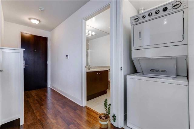 Condo Apartment at 60 Absolute Ave, Unit 4903, Mississauga, Ontario. Image 16