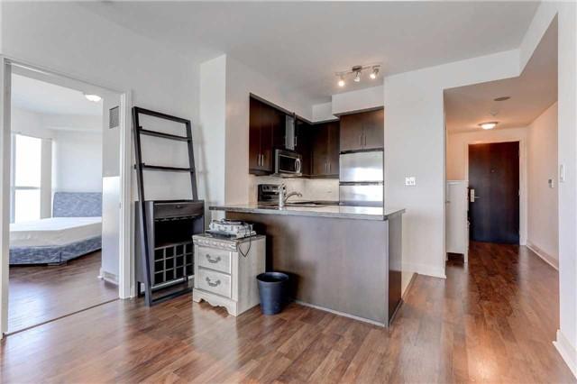 Condo Apartment at 60 Absolute Ave, Unit 4903, Mississauga, Ontario. Image 2