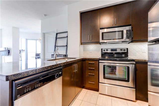 Condo Apartment at 60 Absolute Ave, Unit 4903, Mississauga, Ontario. Image 3