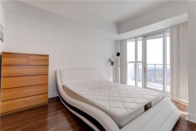 Condo Apartment at 60 Absolute Ave, Unit 4903, Mississauga, Ontario. Image 6