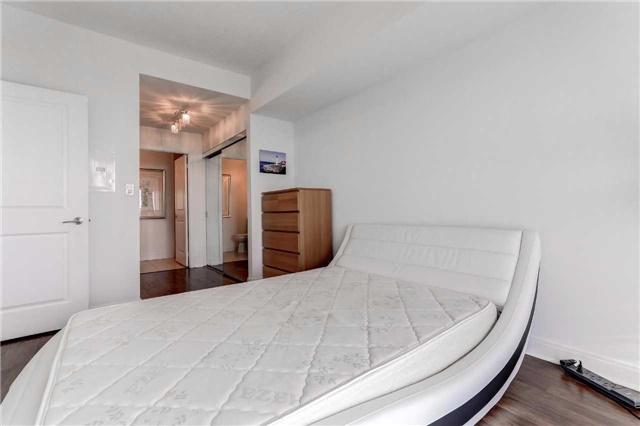 Condo Apartment at 60 Absolute Ave, Unit 4903, Mississauga, Ontario. Image 7
