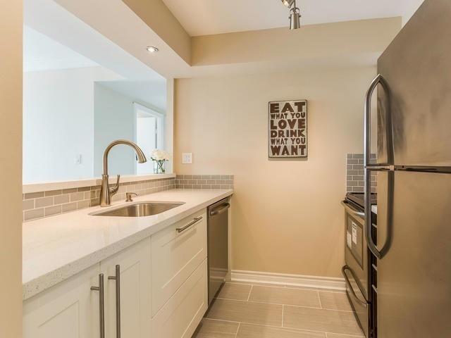 Condo Apartment at 3 Hickory Tree Rd, Unit 802, Toronto, Ontario. Image 18