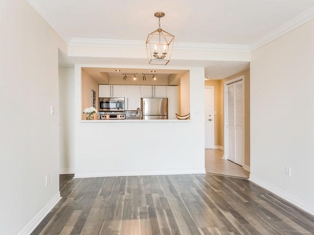 Condo Apartment at 3 Hickory Tree Rd, Unit 802, Toronto, Ontario. Image 2