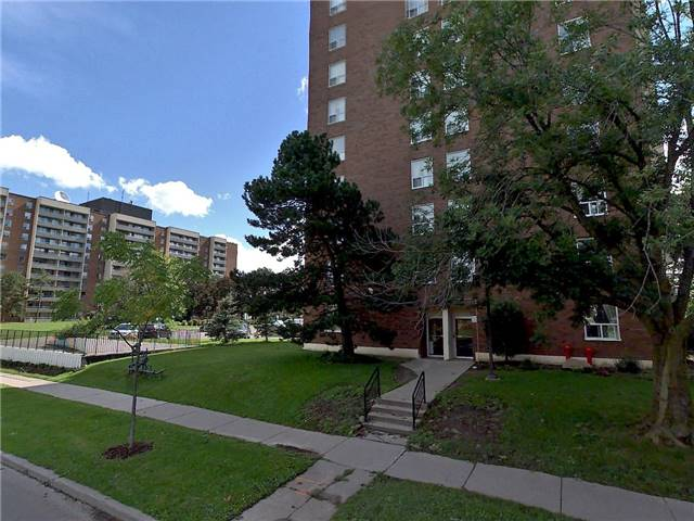 Condo Apartment at 25 Four Winds Dr, Unit 314, Toronto, Ontario. Image 1