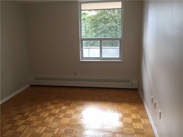 Condo Apartment at 25 Four Winds Dr, Unit 314, Toronto, Ontario. Image 9