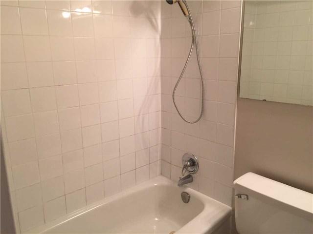 Condo Apartment at 25 Four Winds Dr, Unit 314, Toronto, Ontario. Image 10