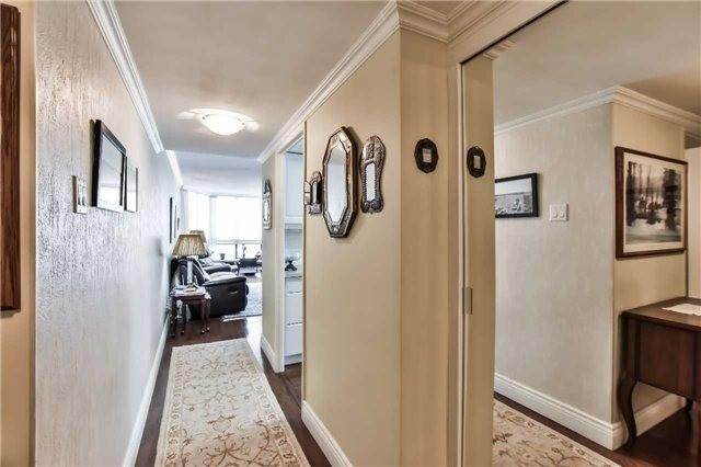 Condo Apartment at 1333 Bloor St, Unit 216, Mississauga, Ontario. Image 14