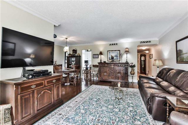 Condo Apartment at 1333 Bloor St, Unit 216, Mississauga, Ontario. Image 20