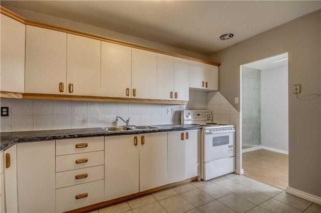 Condo Apartment at 1660 Bloor St, Unit 605, Mississauga, Ontario. Image 19