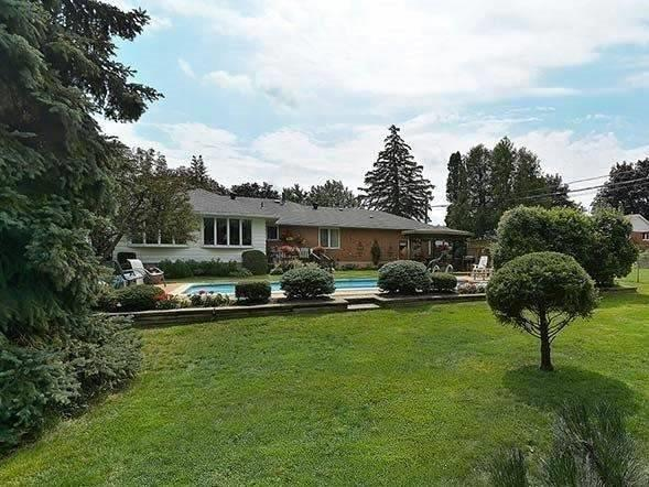 Detached at 25 Shady Lawn Crt, Mississauga, Ontario. Image 8